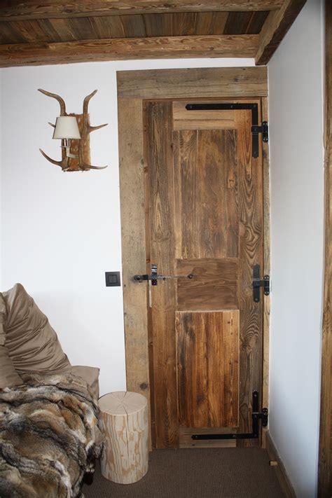 agencement sur mesure vieux bois caches radiateurs