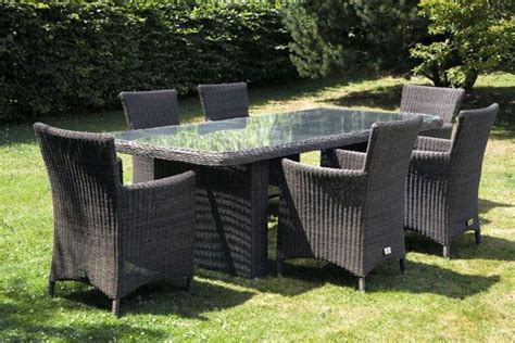 ensemble table et chaises de jardin en rsine tresse modle lucca