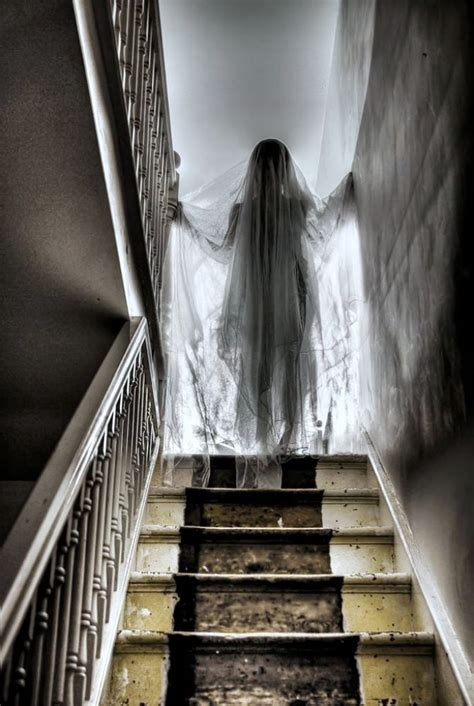 11 awesome and scary ghost decorations