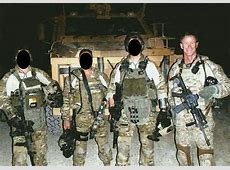 Admiral William H McRaven together with SAS Troopers and