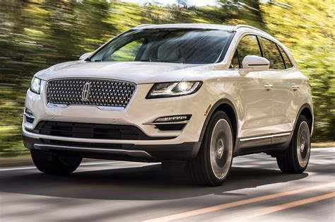 2019 Lincoln Mkc First Look Tweaked But Not Totally New