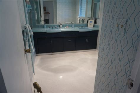 pebble epoxy flooring bathroom floor matttroy
