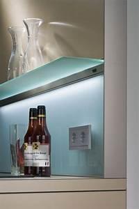 Glas Wandpaneele Küche : die besten 25 k chenr ckwand glas ideen auf pinterest k che spritzschutz glas k che r ckwand ~ Markanthonyermac.com Haus und Dekorationen