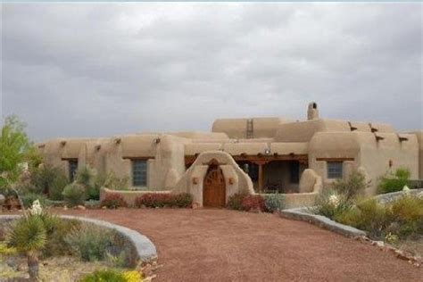 pueblo they are common to the southwest desert the earth pueblo style home homes southwest