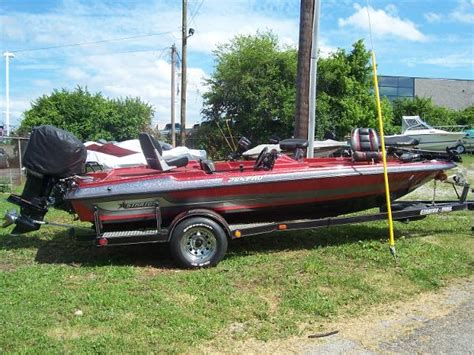 Red Bank Marina Boat Rental Prices by 1989 Stratos 285 Pro 18 Foot Red Silver 1989 Stratos
