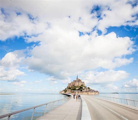 visiter le mont st michel unesco acc 232 s grandes mar 233 es normandie tourisme