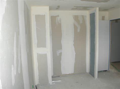 fabriquer un placard mural en bois photos de conception de maison agaroth
