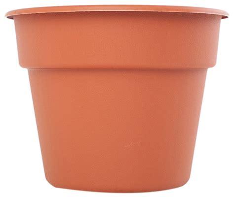 bloem patio lawn garden 20 quot dura cotta plastic planter terra cotta traditional plant pots