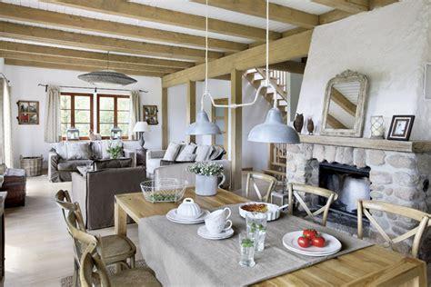 V Home Interiors :  Sielski Dom Na Wsi, Czyli