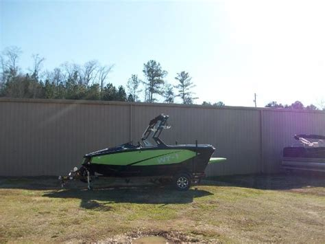 Heyday Wake Boats Price by Heyday Wake Tractor Boats For Sale Boats