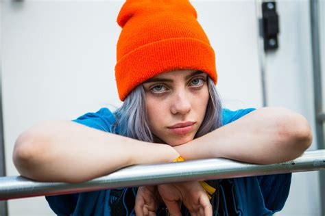 Hear Billie Eilish's Dark New Song 'you Should See Me In A
