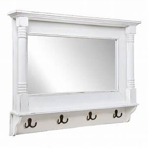 Wandspiegel Groß Weiß : wandspiegel shabby wei verziert spiegel mit metallhaken garderobe landhaus ~ Markanthonyermac.com Haus und Dekorationen