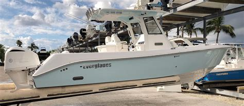 Everglades Boats Palm Beach Gardens by 2018 Everglades 295 Cc Power Boat For Sale Www