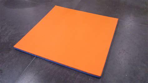 accessoires pour tapis escalade sol dalles en puzzle cr 232 che
