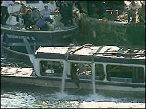 Party Boat Thames Disaster by Bbc On This Day 20 1989 Marchioness River Crash
