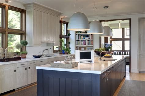 7 Timeless Kitchen Features That Will Never Go Out Of Style The Living Room Church Kitchener Red Black And White Ideas Furniture Set In Ghana Bench Seating Uk Blue Trellis Rug Decor Gray Sofa Chesterfield