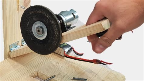 How To Make Powerful Table Saw 12volt With 775 Motor Youtube