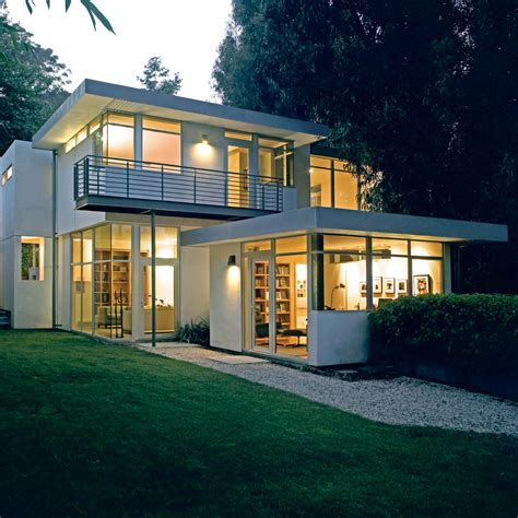 Contemporary House With Clean And Simple Plan And Interior
