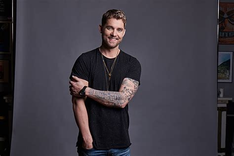 Riser Brett Young Holds Nothing Back, On Stage And Off