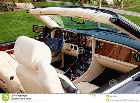 vue en gros plan de l int 233 rieur de la voiture de luxe avec