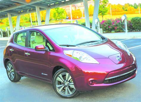 nissan s updated leaf electric car gets a bigger battery longer range for 2016 drive