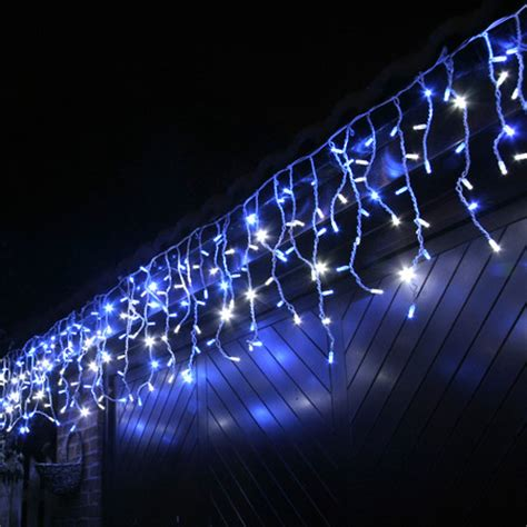100 Led Blue & White Outdoor Connectable Icicle Lights