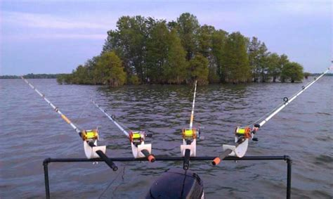 Homemade Fishing Rod Storage For Boats by Homemade Rod Holders For Pontoon Boats 13 Best Worst Ideas