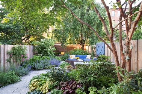 Creating A Garden Oasis In The City New York Times Outdoor