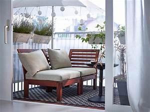 Balkonmöbel Für Kleinen Balkon : kleinen balkon gestalten laden sie den sommer zu sich ein ~ Markanthonyermac.com Haus und Dekorationen