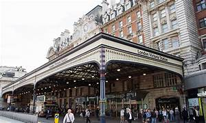 London Victoria Station - TIS