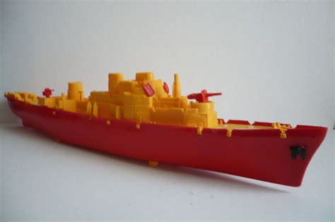 Toy Ships And Boats by Plastic Toy Boats Bing Images