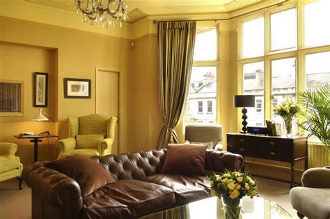 Home Interior Design Ideas For Small Living Room With Sofa Black Furniture Design Living Room Divider With Door Cheap Canada Decorating A Shelf The Newcastle Private Hire Rushmore Front Fifth Wheel Ideas By Color Pale Yellow And Gray