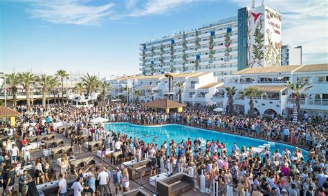 Boat Party Ushuaia by Ushuaia City Argentina Hd Wallpapers And Photos