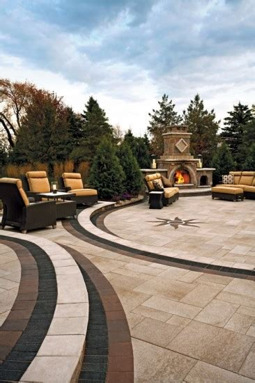 Umbriano And Belpasso Paver With Fireplace By Unilock Photos
