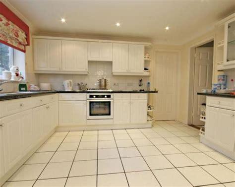 Best Tile For Kitchen Floor  Morespoons #19564ba18d65