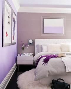 Wandgestaltung Schlafzimmer Lila : lila schlafzimmer gestalten 28 ideen f r interieur in fliederfarbe ~ Markanthonyermac.com Haus und Dekorationen