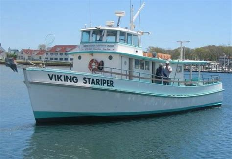 Party Boat Fishing Ct by Montauk Luxury Charter Boat Viking Fivestar Picture Of