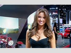 Here Are the Hot Girls of the 2015 New York Auto Show