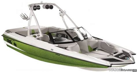 Axis Boats Any Good malibu boats partners with texas ski ranch wakeboarder