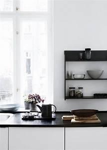 Schwarze Arbeitsplatte Küche : schwarze arbeitsplatte k che pinterest arbeitsplatte schwarzer und k che ~ Markanthonyermac.com Haus und Dekorationen