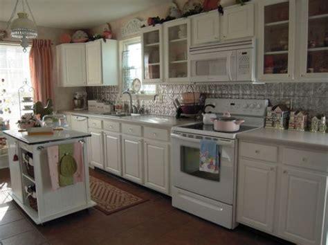 Stylish Kitchens With White Appliances