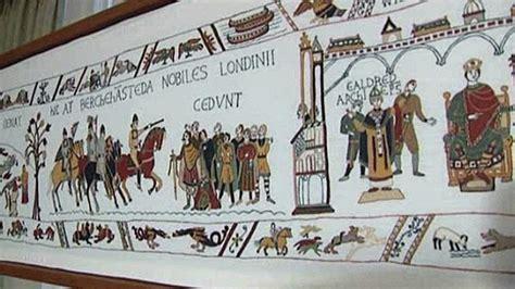 des habitants d aurigny apportent la touche finale 224 la tapisserie de bayeux 3 basse