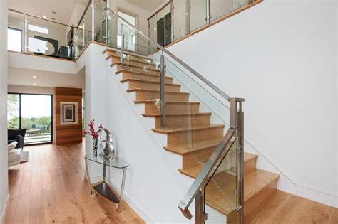 Home Stair : Design Your Homes With Aluminum Stair Railing