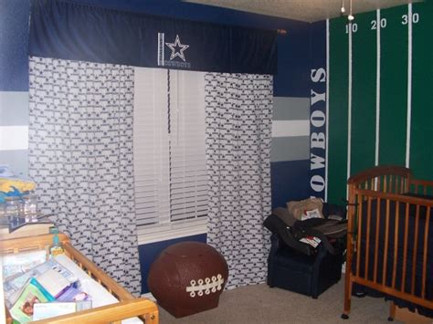 Decorating Ideas Dallas Cowboys Bedroom by Information About Rate My Space Questions For Hgtv