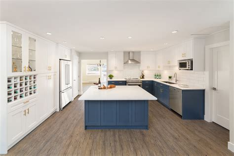 Blue Cabinets Deliver Punch To Kitchen Reno Hardwood Dining Room Furniture Sitting And Designs French Sets Northern Ireland Ashley Chairs Set With Upholstered Table Linens Red
