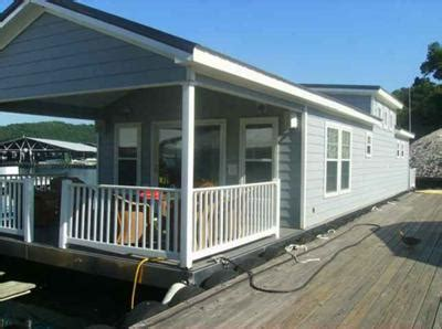 Boat Trailer Manufacturers Victoria by Living On Floating Home Type Houseboats