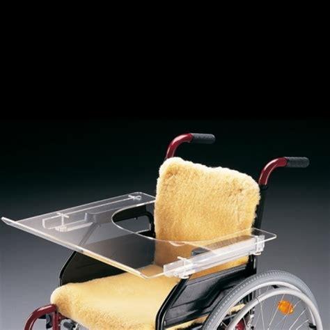 table pour fauteuil roulant