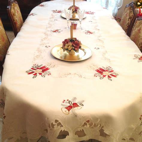 superbe tissu pour nappe de noel 2 nappe ovale noel u2013 table de cuisine hoze home