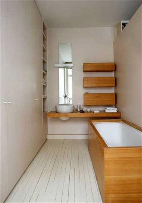 salle de bain couleur habillage baignoire bambou
