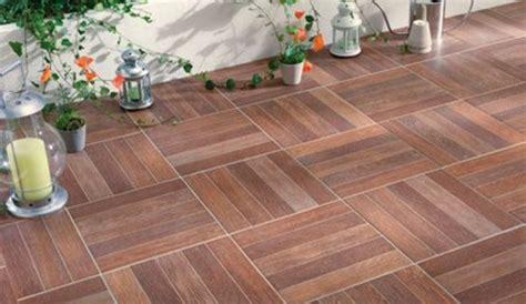 nivrem terrasse exterieur imitation bois diverses id 233 es de conception de patio en bois